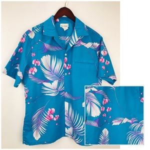 Authentic Hawaiian Floral Button front Shirt Mens